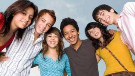 यसरी खुलदुली मेट्दै छन् किशोर–किशोरी