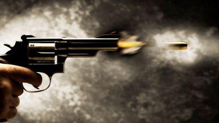 महिलाले गोली चलाउँदा तीन जनाको मृत्यु, केही घाइते
