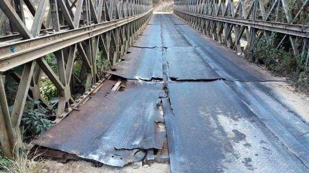 जीर्ण बन्दै राप्ती पुल