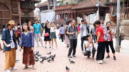 नयाँ रेकर्डः ११ महिनामै १० लाख पर्यटक नेपाल आए