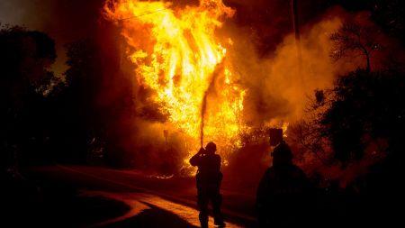 संक्रान्ति बजारमा आगलागी हुँदा ३२ घर जले