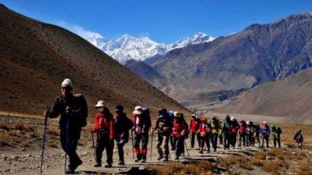 यो वर्ष दश लाख पर्यटक नेपाल आउने अनुमान