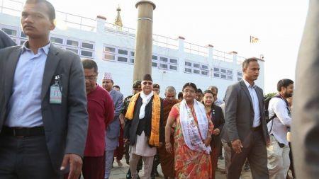 लुम्बिनीमा आयोजित शान्ति र्यालीमा प्रधानमन्त्री ओली सहभागी