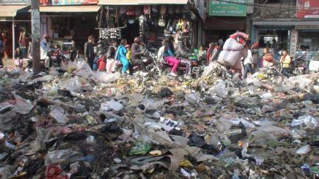 काठमाडौंको फोहोर पाँच महिनापछि निजी कम्पनीले उठाउने