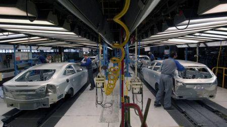 एक वर्षभित्र नेपालमै चारपांग्रे गाडी उत्पादन : ४० प्रतिशतसम्म सस्तो हुने