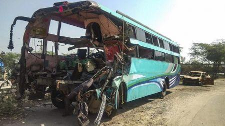 लाओसमा पर्यटक बस दुर्घटना, १३ चिनियाँ पर्यटकको मृत्यु