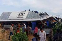 सडक दुर्घटनामा कम्तीमा ११ जनाको मृत्यु