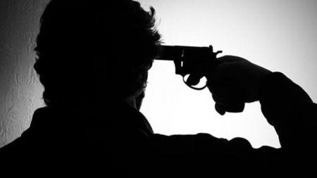 आफ्नै कन्चटमा गोली हानी प्रहरी हबल्दारद्वारा आत्महत्या