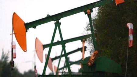 कच्चा तेलको मूल्यमा ऐतिहासिक गिरावट, ट्रम्प भन्छन्– अमेरिकाले ठीक गर्दिन्छ