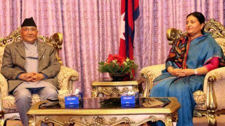 प्रधानमन्त्री ओली र राष्ट्रपति भण्डारीबीच भेटवार्ता