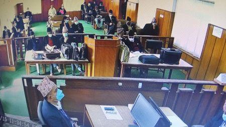 प्रधानमन्त्रीको हकमा पनि संविधानमा जे लेखिएको हो, अदालतले त्यहि हेर्नुपर्छः एमिकस क्युरी
