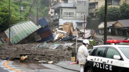 जापानमा पहिरोमा परेका ८० जना अझै बेपत्ता